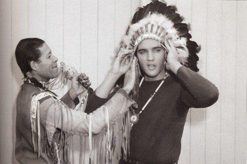 Elvis get a war bonnet