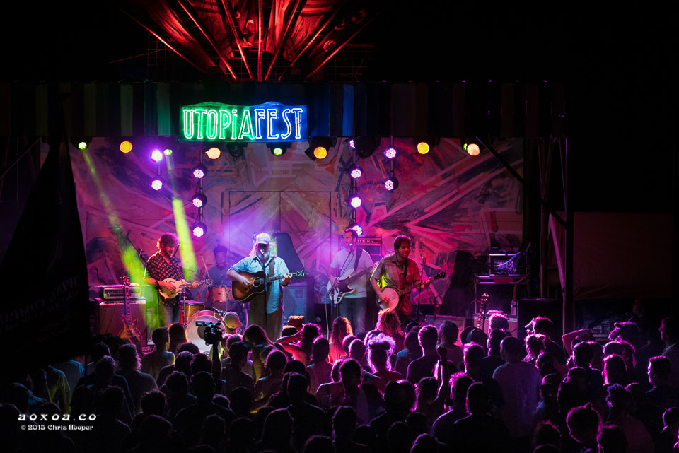 leftover-salmon-review-utopiafest-aoxoa-2015-5